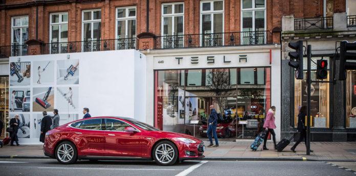 7 січня 2020 року компанія Tesla планує почати доставки китайських Model 3 для широкої публіки
