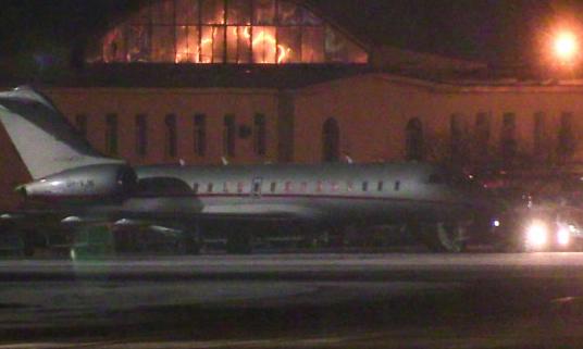 Зеленський повернувся з Оману майже через добу після катастрофи літака МАУ