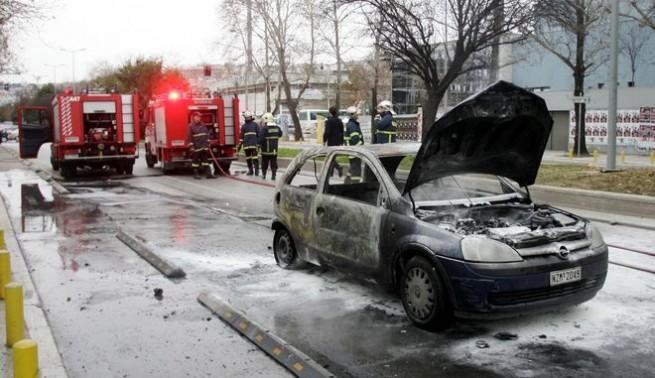 Підпал автомобілів у центрі Афін і Пірей