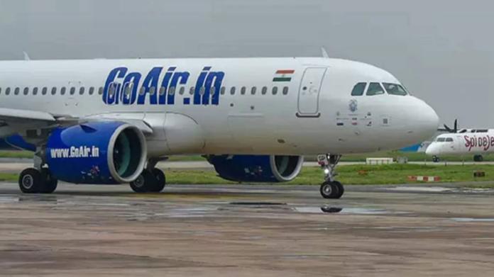 В аеропорту Індії загорівся пасажирський літак