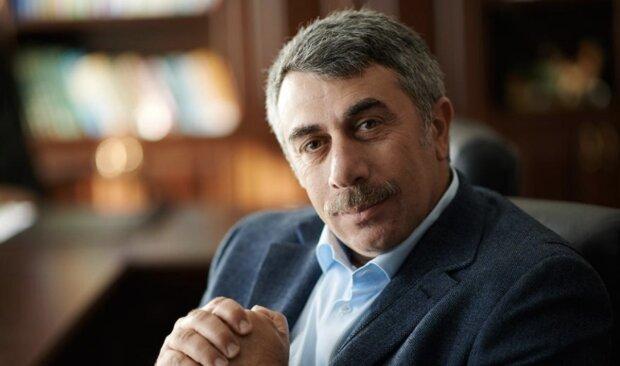 Комаровський прокоментував ажіотаж, пов'язаний з поверненням в Україну співвітчизників з Уханя