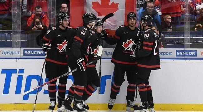 Чемпіонат світу з хокею скасовано через коронавірус