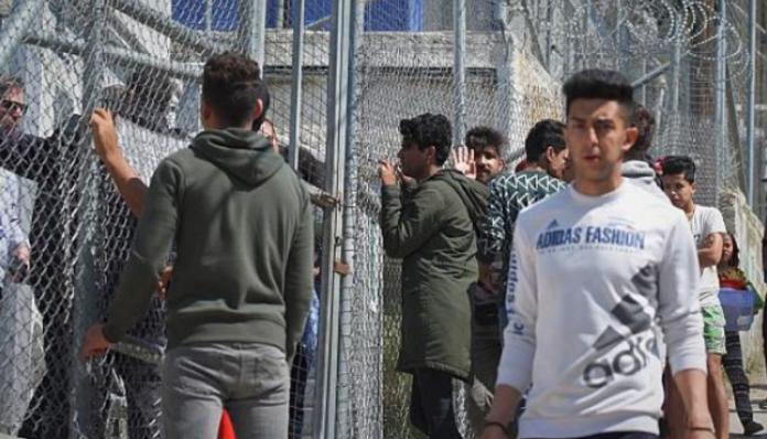MSF закликає Грецію евакуювати табори мігрантів з островів через ризик коронавіруса
