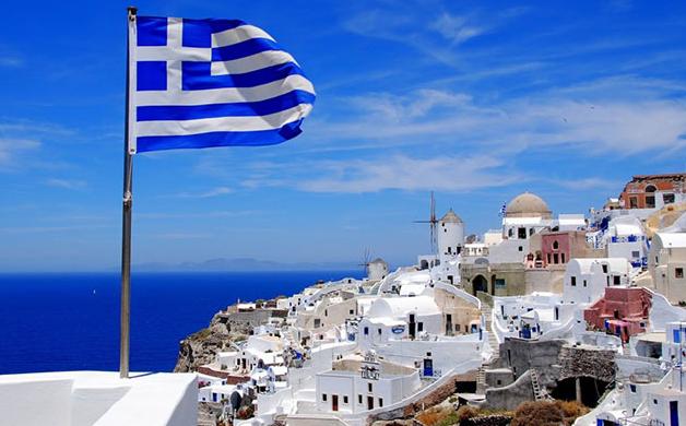 Греція заборонила в'їзд в країну особам, які не є громадянами Греції або ЄС