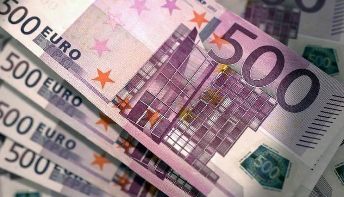 Виплати допомоги в розмірі 800 євро для працівників, постраждалих від коронавірусу, будуть проведені з 10 квітня