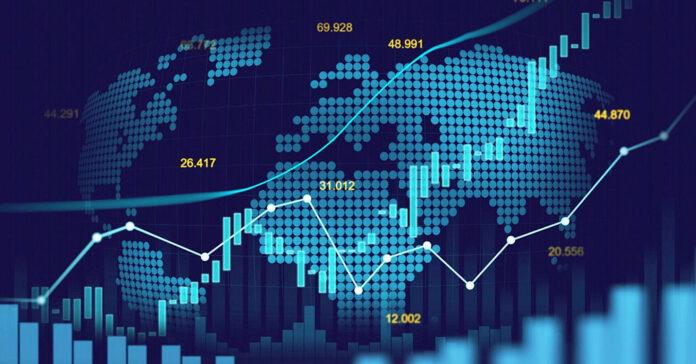 Дефіцит зовнішньої торгівлі України через коронавірус скоротився вдвічі
