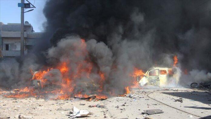 У Сирії внаслідок вибуху закладеної в бензовоз бомби загинули десятки людей