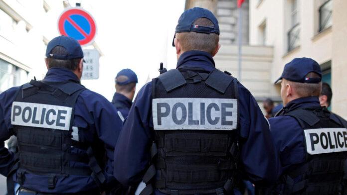 Франція: різанина біля магазину