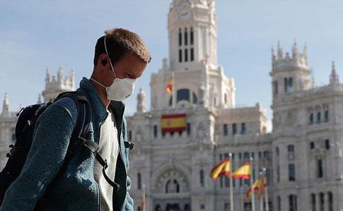 Тисячі іспанців позиваються до уряду через смерть рідних від COVID-19