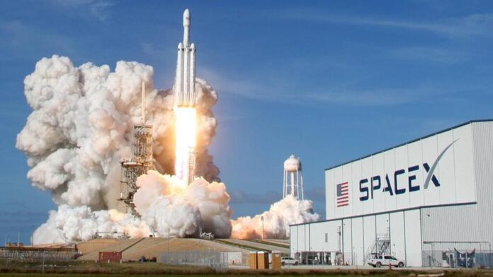 SpaceX запустила на орбіту нову партію інтернет-супутників Starlink