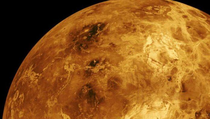 В атмосфері Венери знайшли ознаки життя