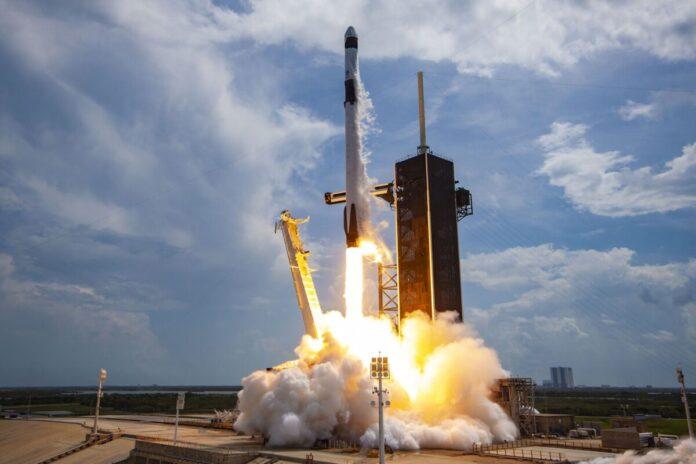 Falcon 9 від SpaceX здійснить черговий комерційний рейс